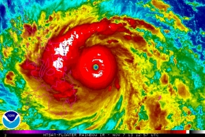 Super Typhoon Haiyan approaches the Philippines Friday morning with Category-5 winds